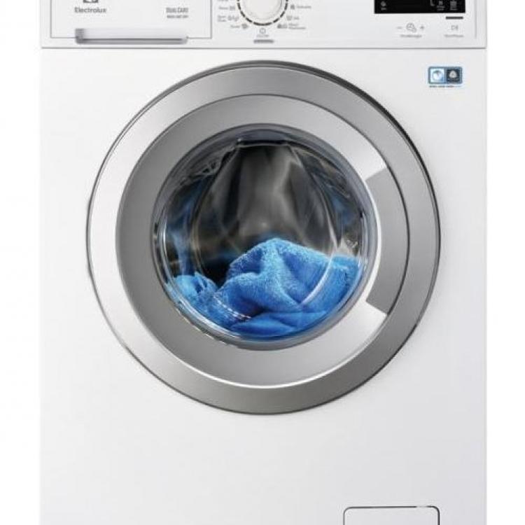 LAVASECADORA ELECTROLUX, 1600rpm, clase A (A+++ en lavado), Inverter, Woolmark Blue (lavado y secado),Time Manager, Display LCD, Vapor, Inicio diferido 1-21 h, Puerta silver